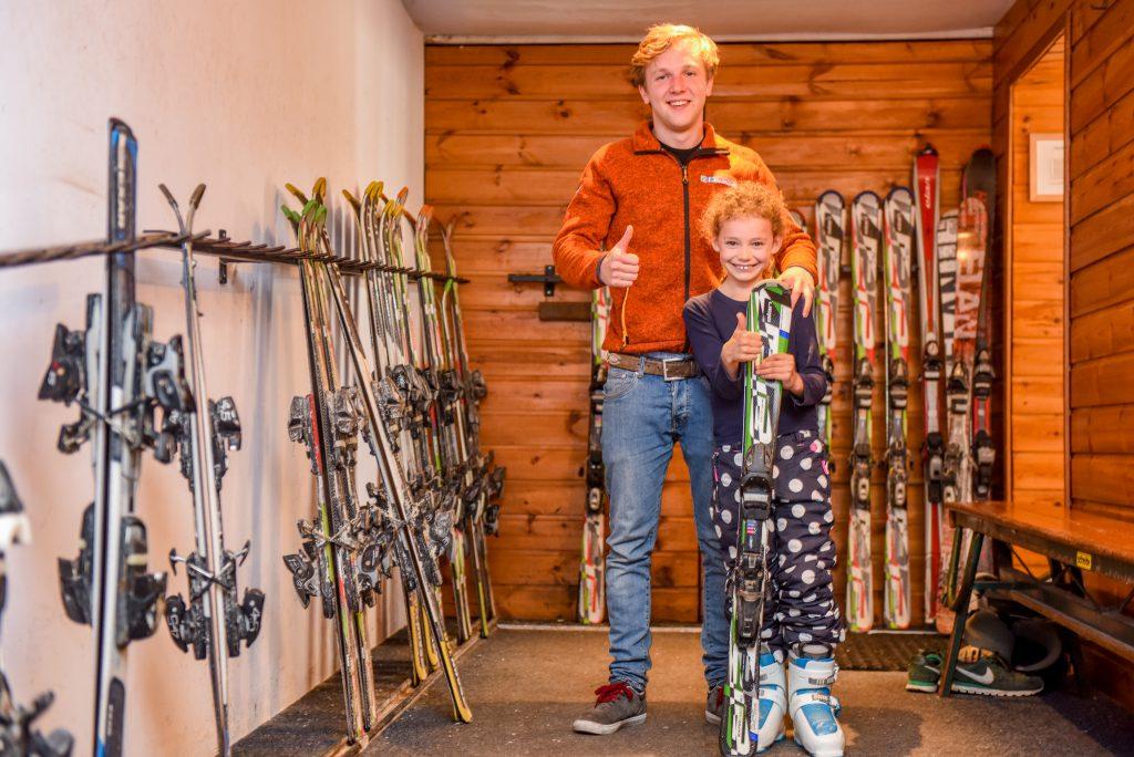 Kiezen van de juiste ski's voor indoor skiles